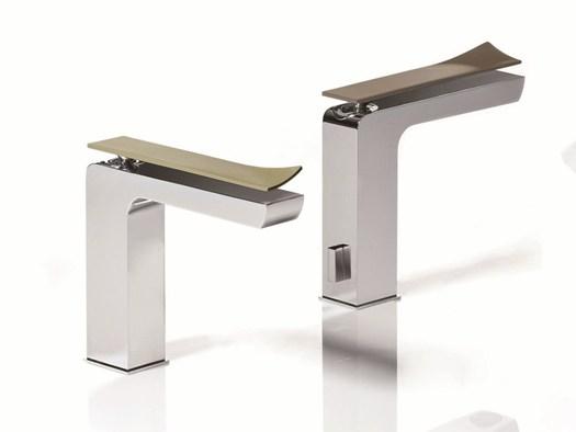 La rubinetteria da bagno marchio tweet l 39 arredo bagno for Ikea rubinetti bagno